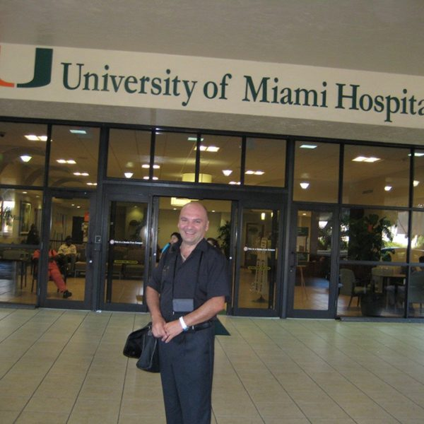 Prof. dr Milan Jovanović, Univerzitetska klinika za plastičnu hirurgiju u Miami-ju, University of Miami, Jackson Memorial