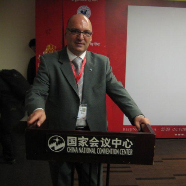 Prof. dr Milan Jovanović, Izlaganje na prvom kinesko-evropskom kongresu za plastičnu hirurgiju 2011.