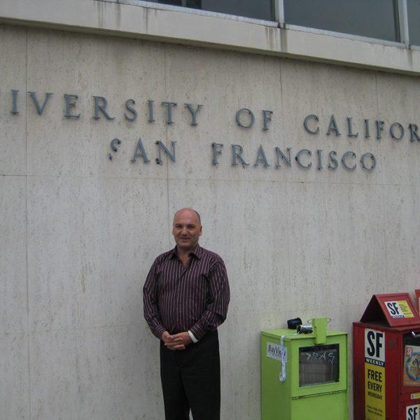 Prof. dr Milan Jovanović, Univerzitetska klinika za plastičnu hirurgiju u San Franciscu, USA