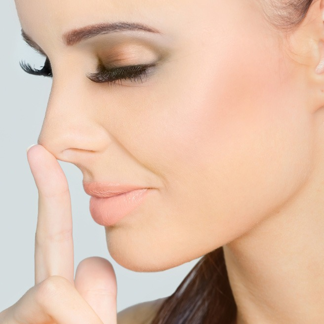 Operacija nosa (rinoplastika)
