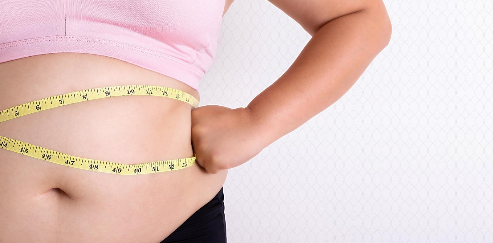 Cena liposukcije stomaka