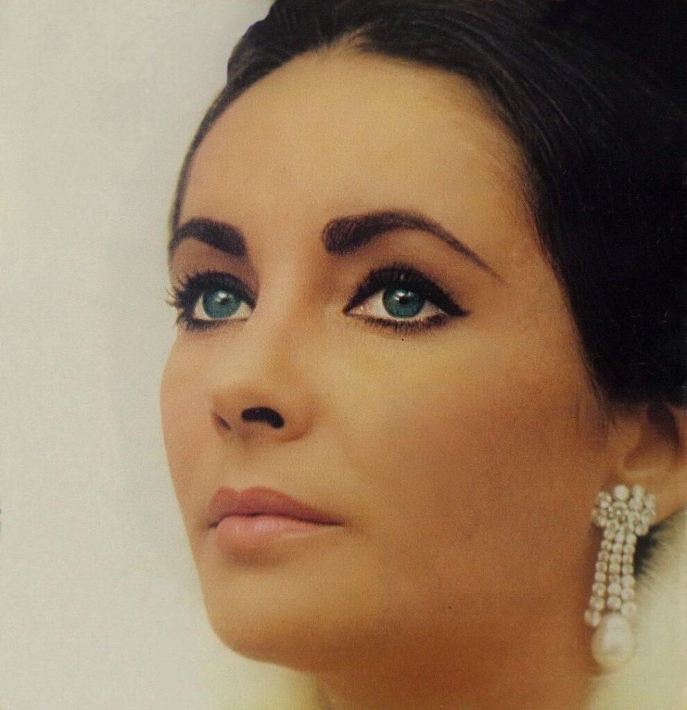 I Kleopatra i Elizabet Tejlor koja ju je glumila bile su simbol lepote svojih vremena