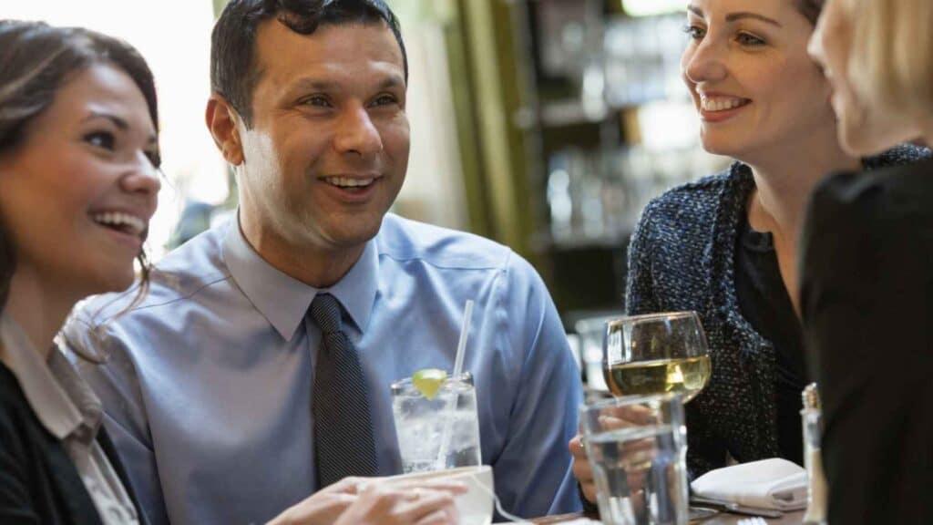 Na poslu, u druženju - estetski izgled lica i nosa je velika prednost